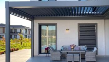 Пергола – идеалното решение за вашия двор или тераса
