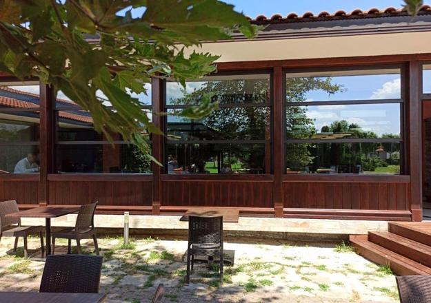Uva Nestum - Paradise Pergo